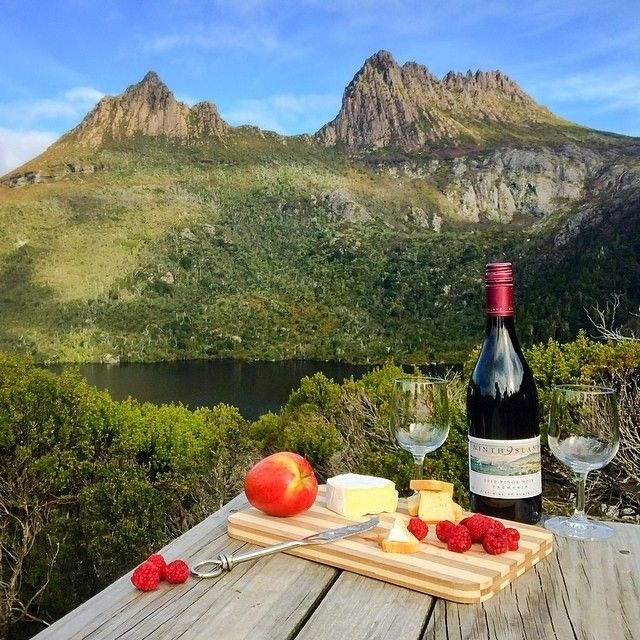 A gourmet Tassie-style picnic at the iconic Cradle Mountain. Cradle Mountain-Lake St Clair National Park sits within the UNESCO listed Tasmanian Wilderness World Heritage Area and is without doubt one of Tasmania's most well-known landmarks. There are also picture perfect picnic settings for one to connect with friends and family over a collection of gourmet Tasmania produce foraged locally #discovertasmania#restaurantaustralia #cradlemountain #dovelake #tasmania Image Credit: Paul Fleming