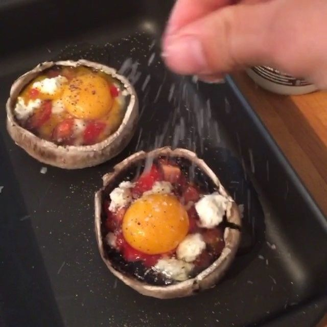 Try my egg and Feta stuffed mushrooms for breakfast today Low carb high fat fuel to get you lean #Bosh that's #Leanin15