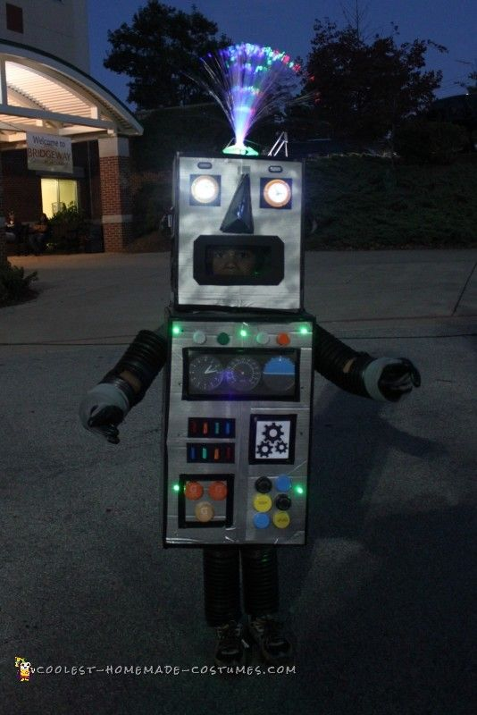 Classic Box Robot Costume that Lights Up!