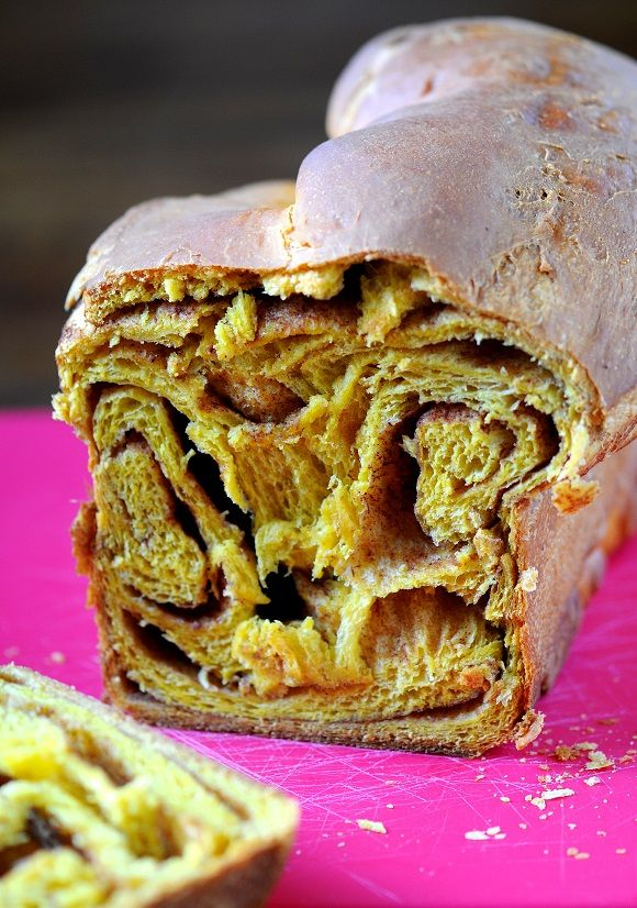 Pumpkin Spice-Cinnamon Roll Brioche Loaf