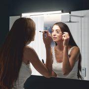 Vihdoin meikkaamiseen löytyy oikea sävy! Ruth Biled- valaisin on helppo säätää haluttuun sävyyn ja kirkkauteen! #ruth #biled #säädettävä #kylpyhuonevalaisin #gripshop #ledvalo #ledvalaisin #kylpyhuone #foccobygrip