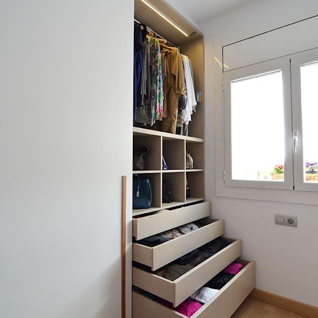 11 Verbluffende Kleiderschrank Ideen Fur Kleine Raume Homify Homify In 2020 Kleiderschrank Fur Dachschrage Ankleidezimmer Kleiderschrank