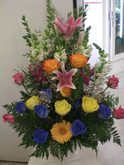 http://www.unny.com beautiful flowers arrangement