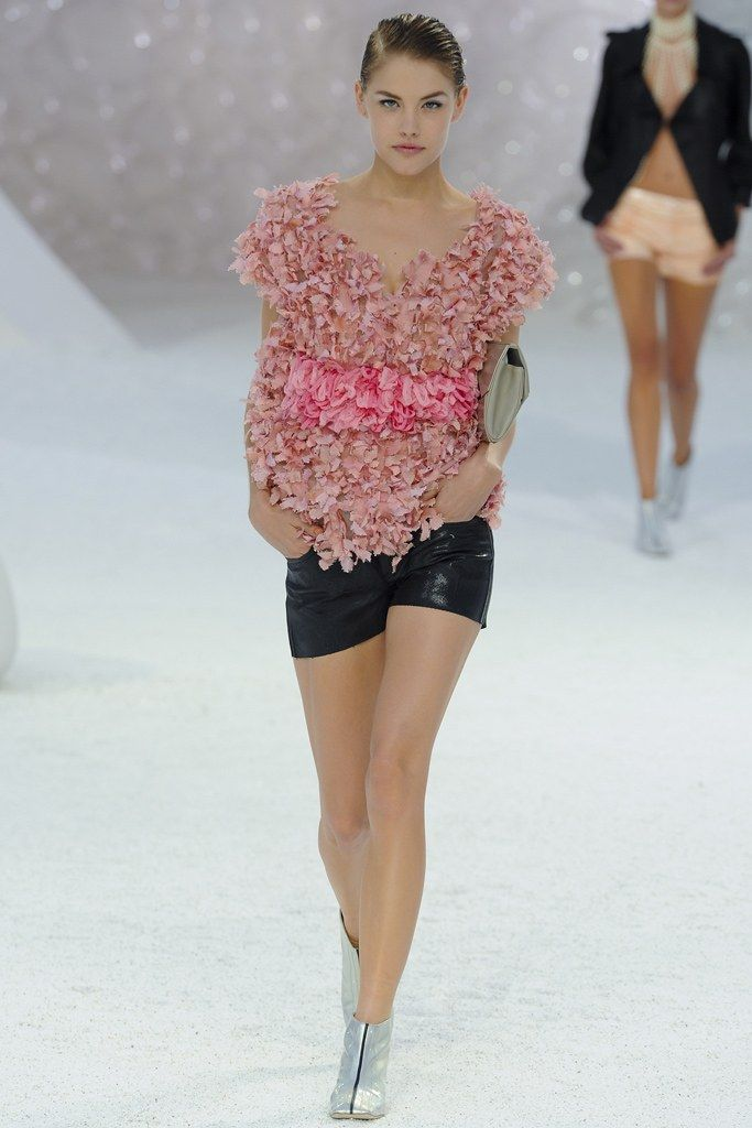 0a5bd06bdc5417 Chanel Spring 2012 Ready-to-Wear Fashion Show in 2019 | Chanel ...