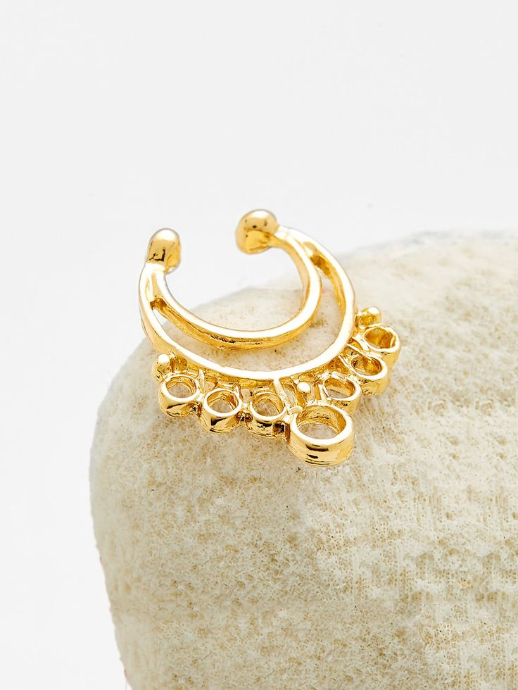 Shop Gold Cutout Nose Ring online. SheIn offers Gold Cutout Nose Ring & more to fit your fashionable needs.