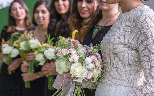 Ramos de madrinas. Bride maids bouquets