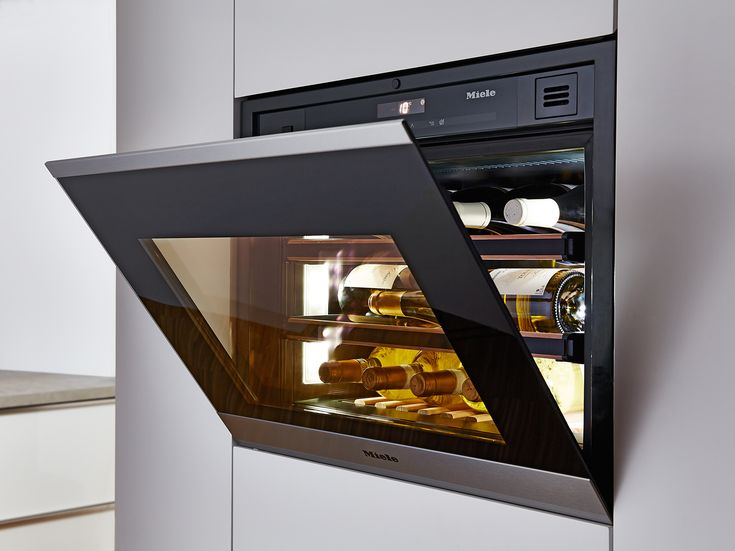 This stylish Miele integrated wine conditioner is available without a handle for a flush finish thanks to a Push2Open function, which complements the design of other Miele handleless appliances