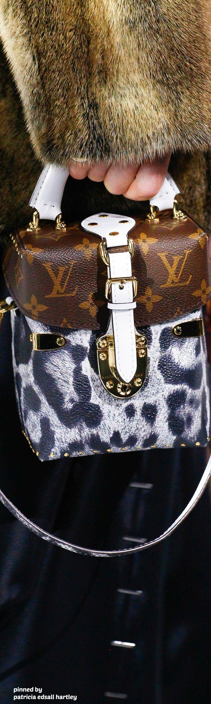Louis Vuitton - 2016