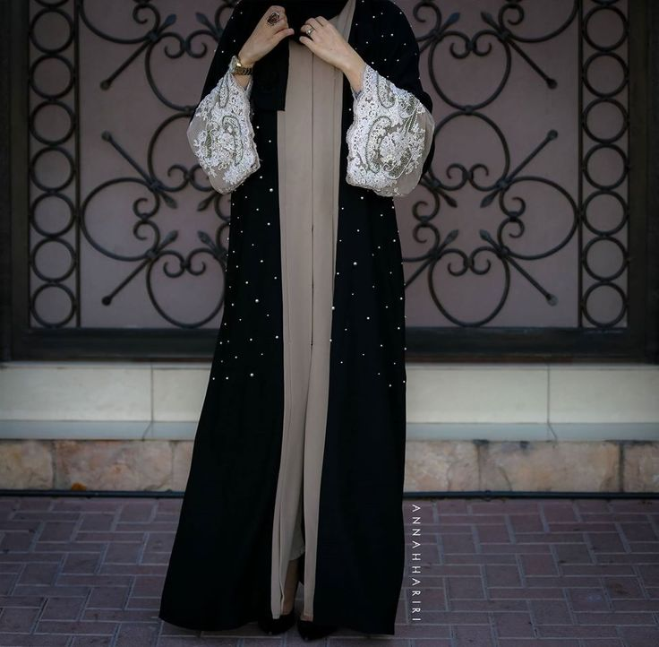 Lace sleeves, front open abaya my favourite!