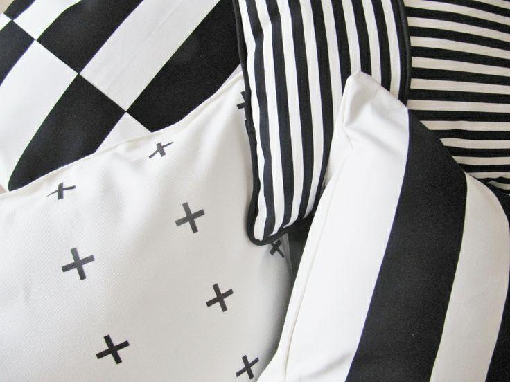 Nieuwe serie kussens zwart&wit http://www.bynoth.nl/c-2012456/eigen-label-made-by-noth/