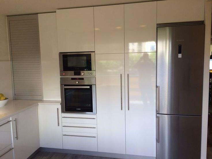 Gran capacidad para estos muebles de cocina baratos en for Cocinas pequenas baratas