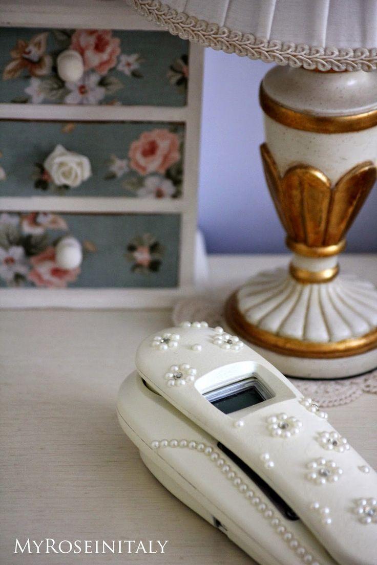 Un telefono per la camera da letto