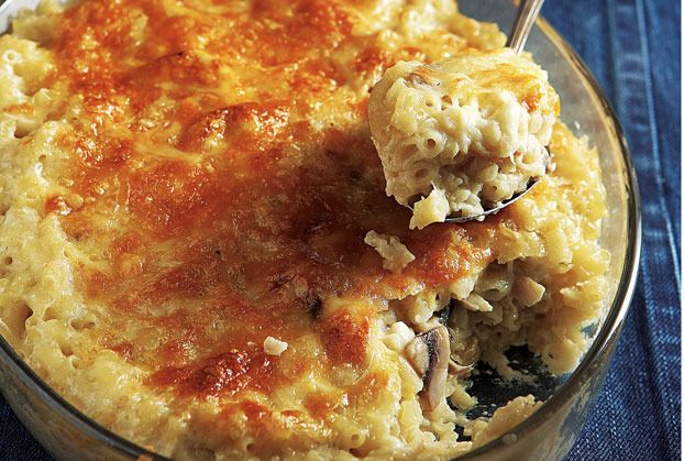 Macaroni with Creamy Cheese Mushrooms au Gratin