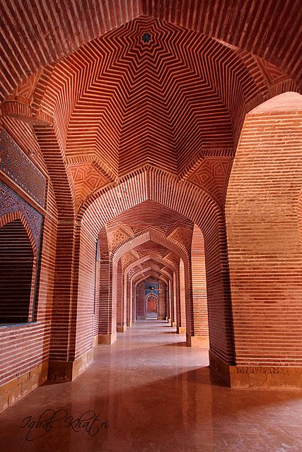 The Shah Jahan Mosque, Thatta, Sindh Province, Pakistan  WOW! What beauty out of simple geometric shapes! Lovely