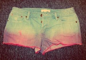 DIY Ombre Shorts.Diy Ombre, Ombre Dyes, Art Diy, Accessories Diy, Ombre Shorts, Diy Clothing, Dyes Method, Crafts Diy, Diy Shorts Ombre