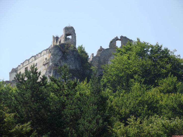 Zoznam hradov - Hrady a zámky na Slovensku