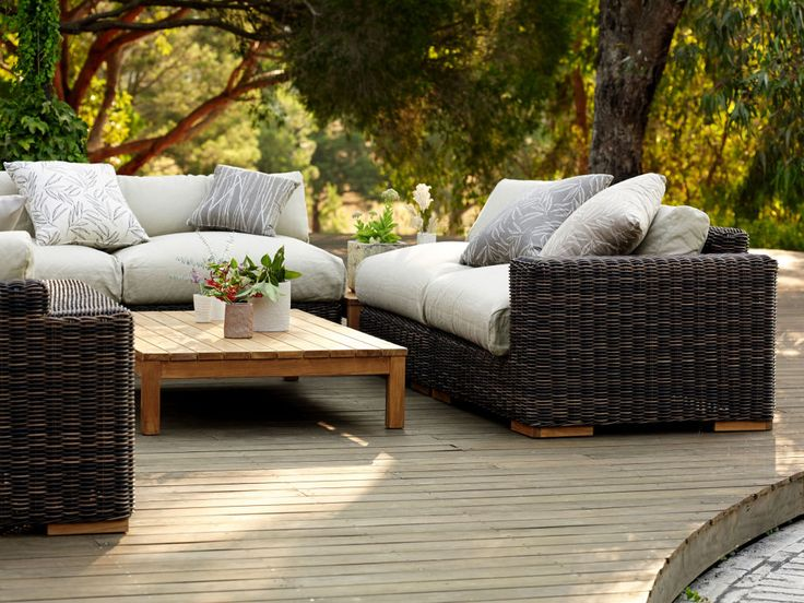 Balsa outdoor coffee table 1
