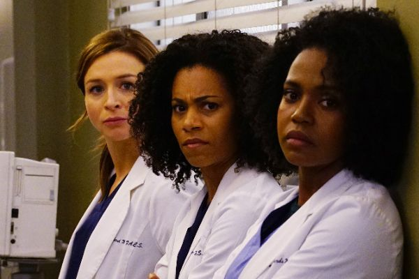 'Grey's Anatomy' Recap: Four Dilemmas and a Funeral