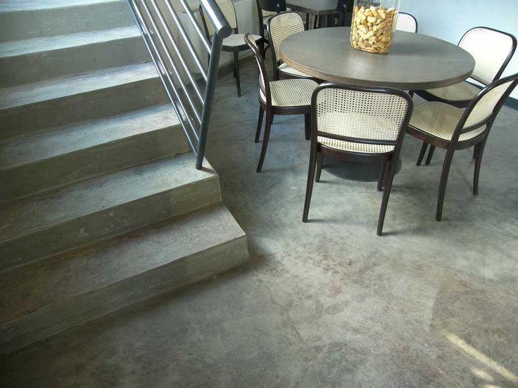 ex galeffi pavimento cemento lucidato anticato  scale cemento