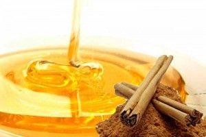 canela e mel para produzir o cabelo