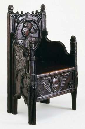 Armchair, oak, England, c 1540 | V&A Search the Collections | ENGLISH RENAISSANCE