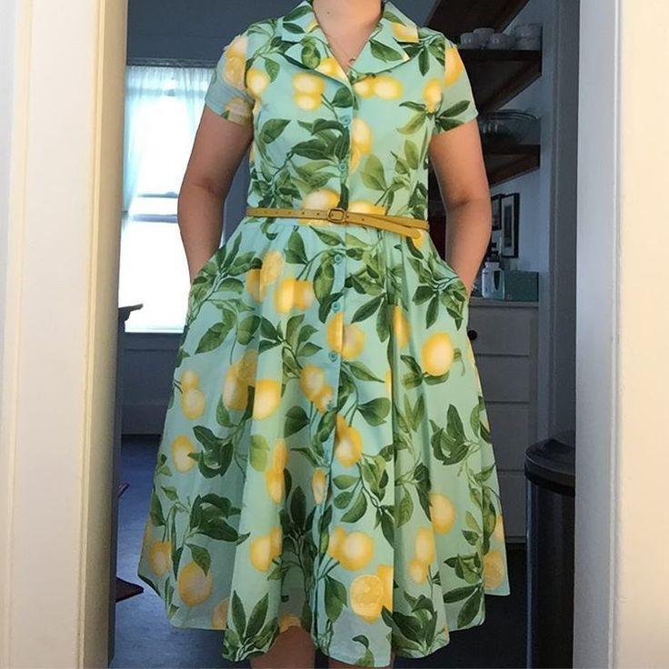 "25 likerklikk, 4 kommentarer – Cynthia McGuire Thiel (@cynthiamcguirethiel) på Instagram: ""Lemon print voile #shirtdress made from McCall's 6891. #lemons # #mmmay17 #sundaybest @gertie18…"""