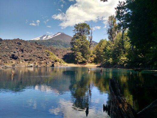 Laguna Arcoiris. Parque nacional Conguillio. IX región. Chile