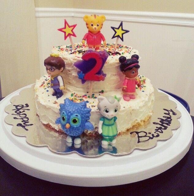 Daniel Tiger cake for my 2 yrs birthday♡