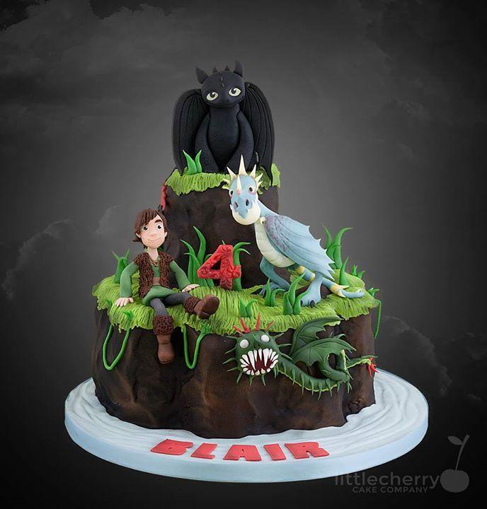 Cake Decorating Bagshot : 1000+ ideas about Toothless Cake on Pinterest Dragon ...