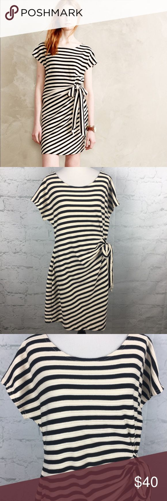 Anthropologie Saturday Sunday striped dress sz L Beautiful striped dress by Anthropologie Saturday Sunday. Side tie bow. Size Large. Excellent Condition Anthropologie Dresses