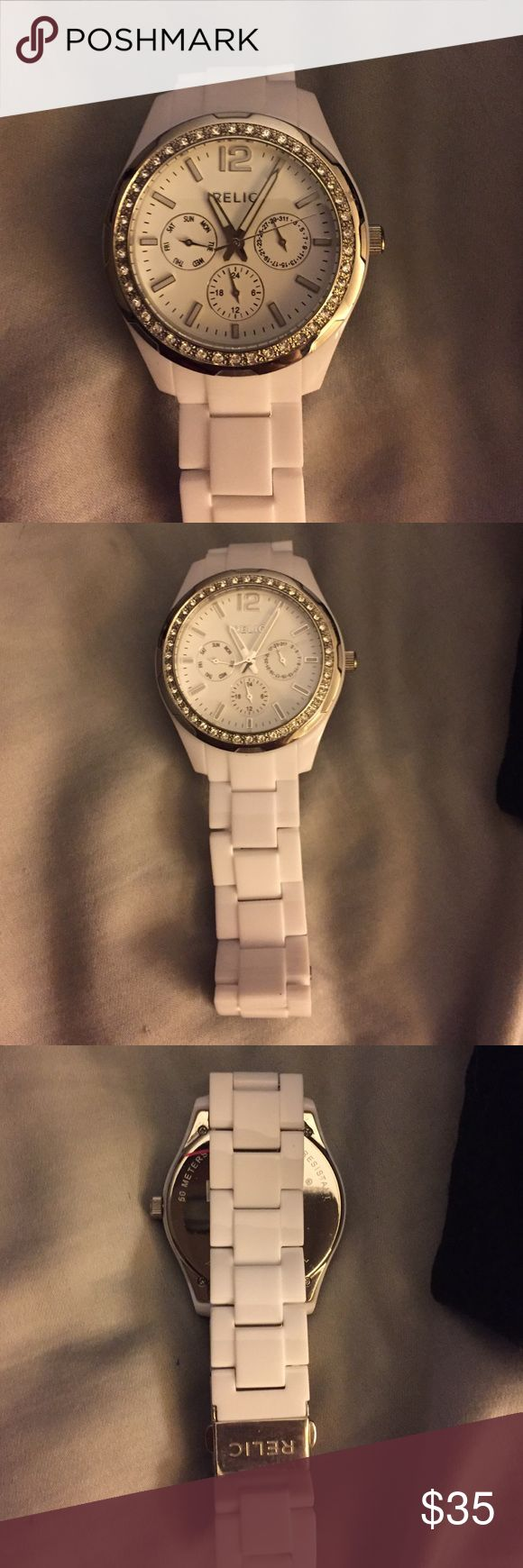 Brand new relic watch Brand new relic watch just needs a battery!! Relic Accessories Watches