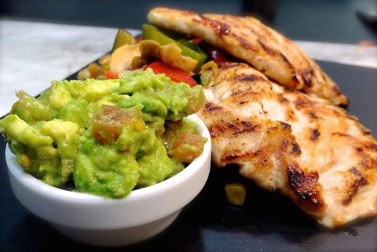 RECETA FITNESS/ Pollo al estilo Tex-Mex para cenar