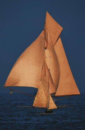 Sails ~ awesome picture