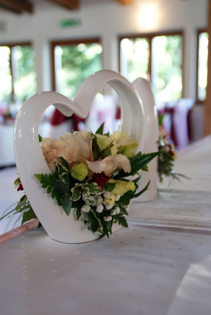 Szív alakú kerámia dekor - Heart shapes wedding decor