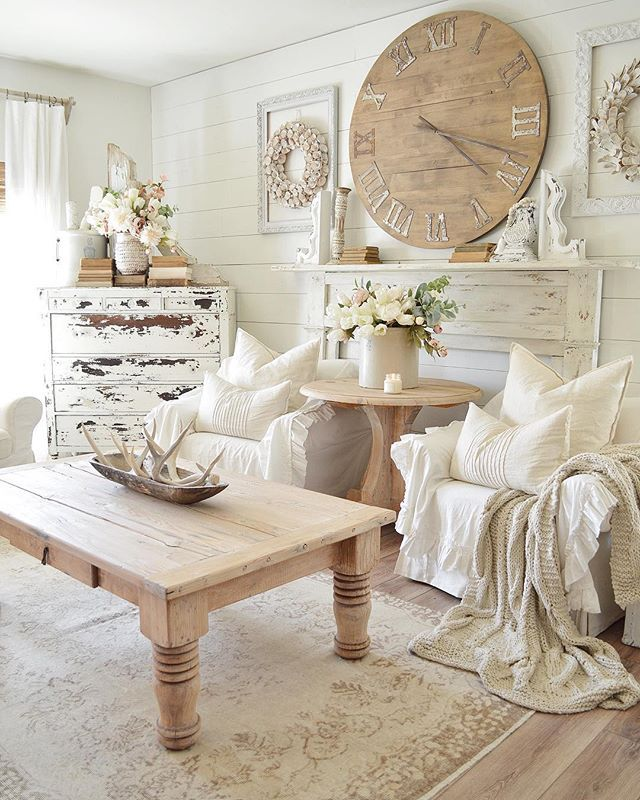 Distressed Farmhouse Living Room: Farmhouse Living Room With Shiplap Walls, Distressed Faux