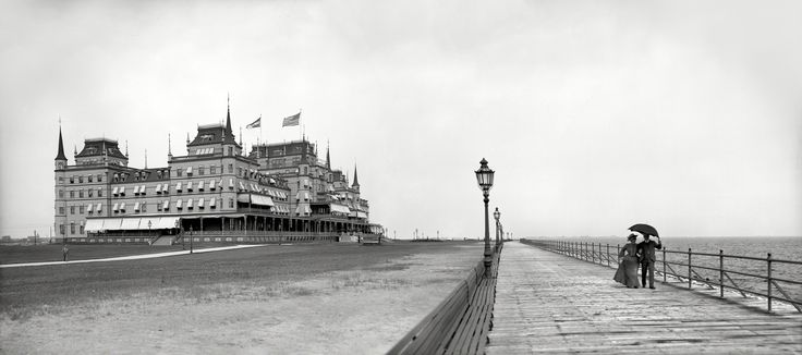 The Oriental Hotel, at the eastern end of the Coney Island peninsula, opened in 1880 and was demolished in 1916.