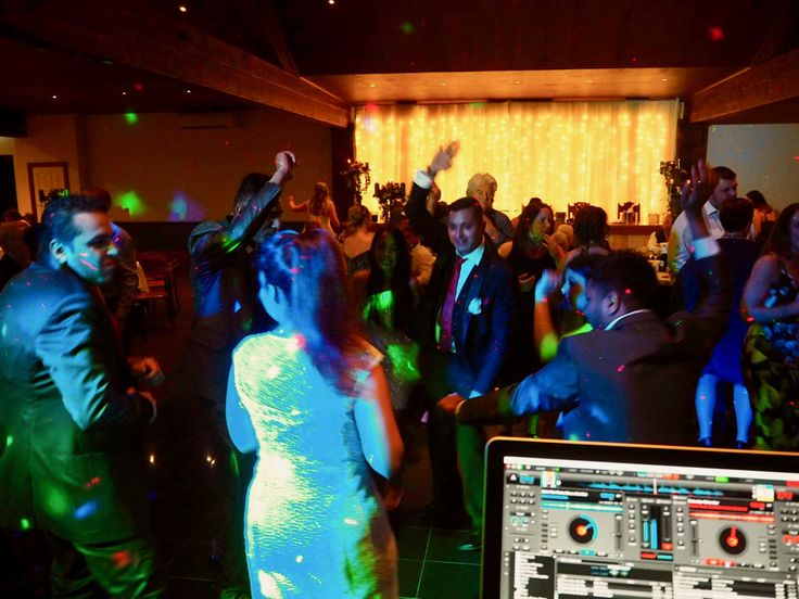 Witchmount Estate Wedding and Corporate Events. Melbourne Wedding DJ, Wedding Live Band, Acoustic Duo, Master of Ceremonies and Dancer Studio.