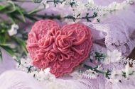 Μπομπονιέρα Καρδιά με Τριαντάφυλλα