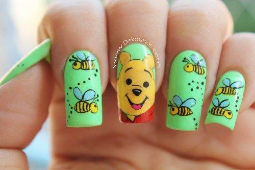 Decoración de uñas Winnie the pooh