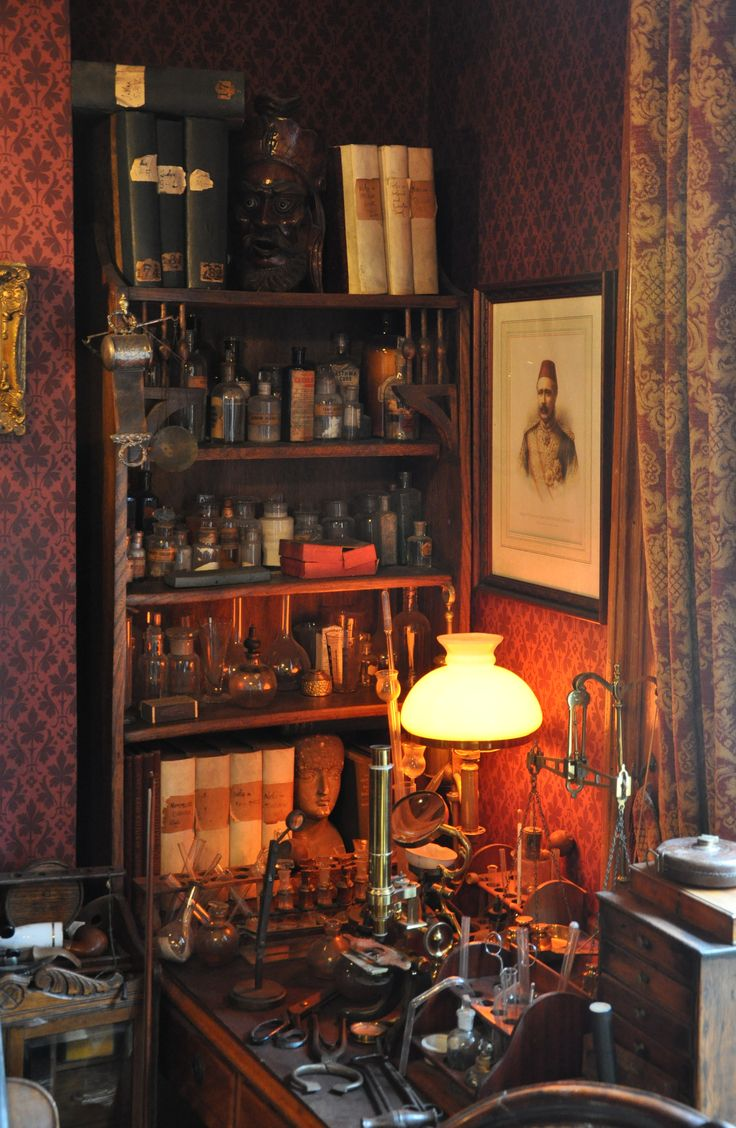 Living room victorian pinterest baker street sofas and 221b - Sherlock Holmes Museum 002 Sherlock Holmes Museum Wikipedia The Free Encyclopedia Find This Pin And More On 221b Baker Street