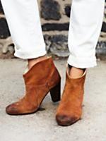 Вестмонт ботинка пятки на свободные люди бутик одежды