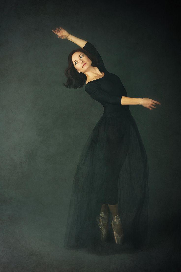 Ballet by Magdalena O. on 500px ballet, ballerina, pointe