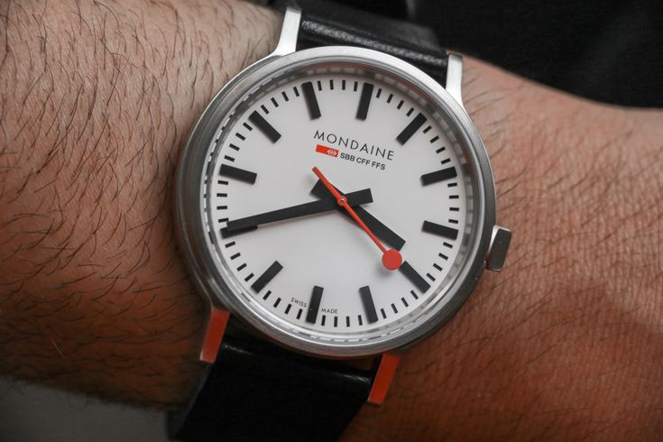 """Mondaine Stop2Go Swiss Railways Watch Hands-On - by Jack Wagner - More on this Swiss railway-inspired piece at: aBlogtoWatch.com - """"It was in 2013 that the Mondaine Stop2Go was introduced with the unique action of its seconds hand, but the minimalist dial design had been a Mondaine hallmark for some time. In fact, the first watch I bought with my own money was a Mondaine Railway Giant, which has the same dial. That was long before I was writing articles..."""""""