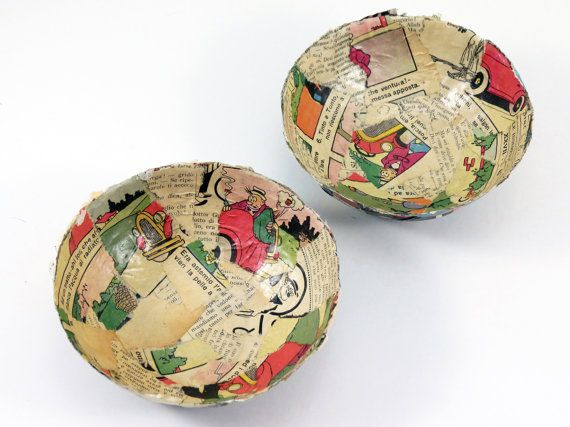 Set 2 Paper Bowls  Vintage Magazines by CeeBeeRecycle on Etsy