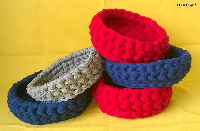 Mini cestinhos em fio de malha #artesanato #decoracao #mini #cestos #fiodemalha #croche #maxicroche #facavocemesmo #marrispe