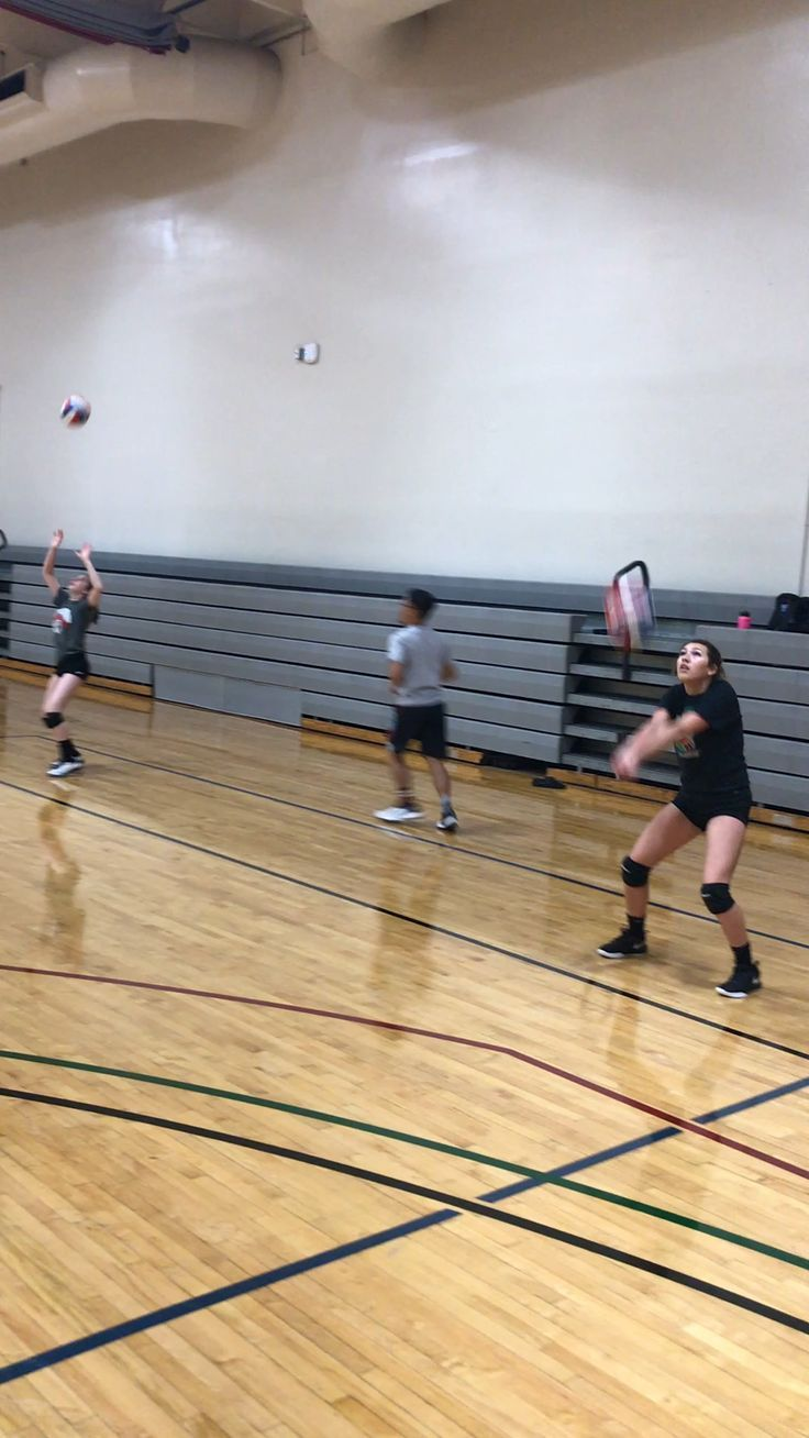 Simple Volleyball Drills Simple Volleyball Drills Volleyball Volleyball Drills For Be In 2020 Volleyball Drills Volleyball Training Volleyball Practice