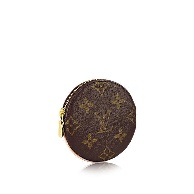 Discover Louis Vuitton Round Coin Purse: An unfailingly simple shape, Monogram canvas and just the right size to fit into any pocket or bag. It is little wonder people warm so much to the delightful Round Coin Purse.
