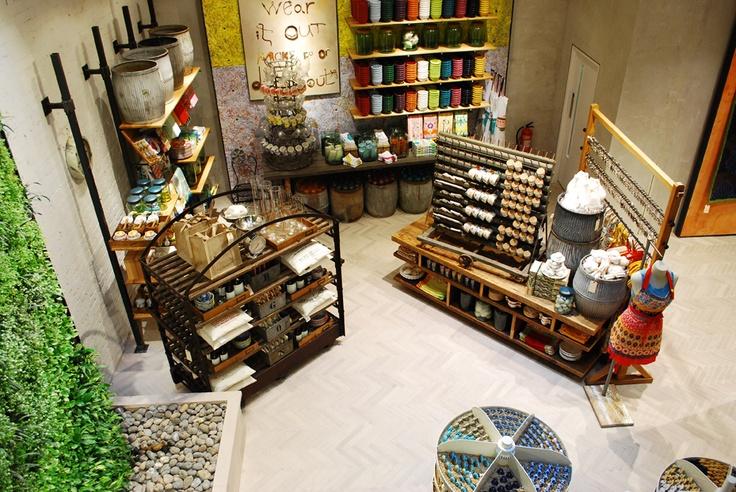 Retail VM | Visual Merchandising | Home Adornment | Retail Design | Shop Design | Anthropologie, London, RegentStreet