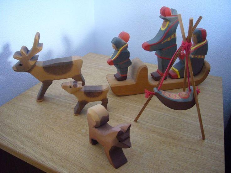 Ostheimer Lappen Familie Mit Schlitten Baby Und Tieren