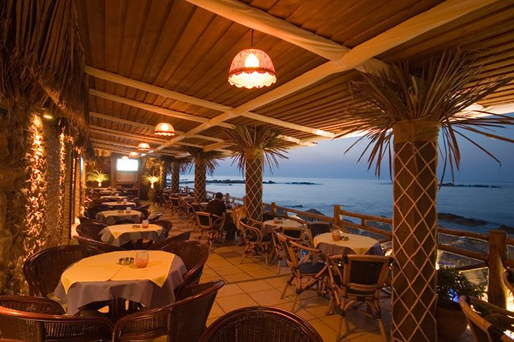 Bamboo cafe with wonderful sea-view in Kalamaki Beach Crete